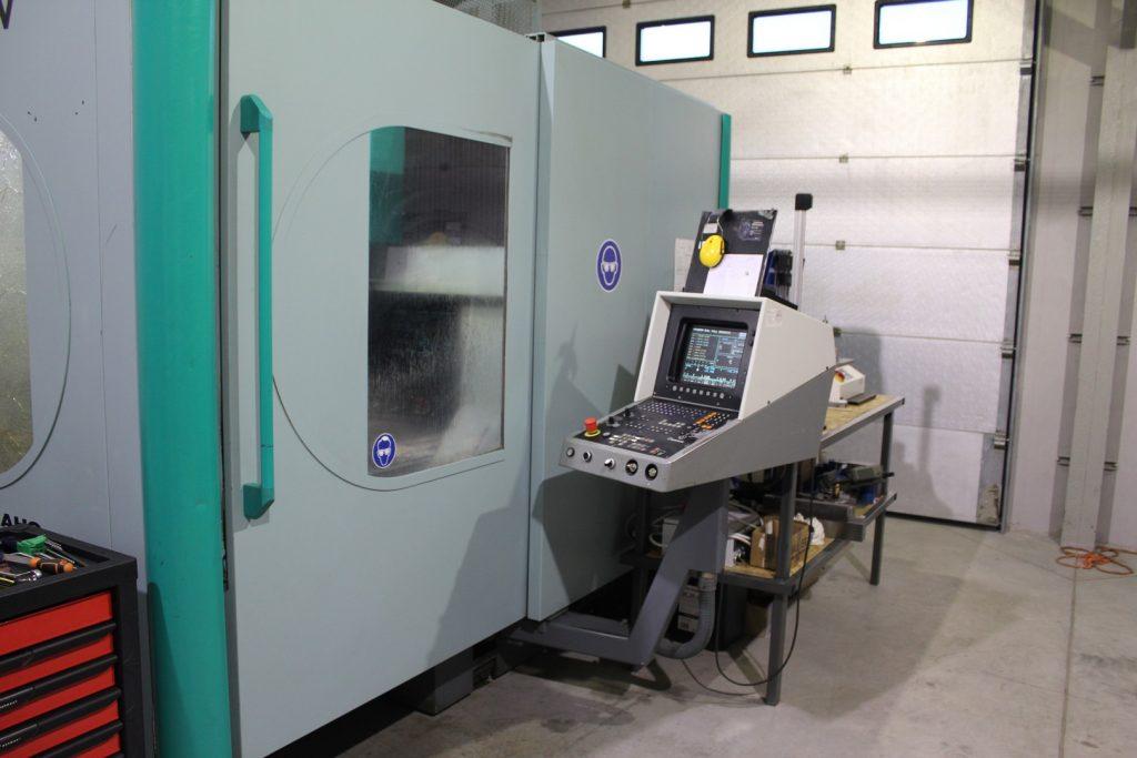 3 osiowa frezarka CNC DECKEL MAHO 100 V